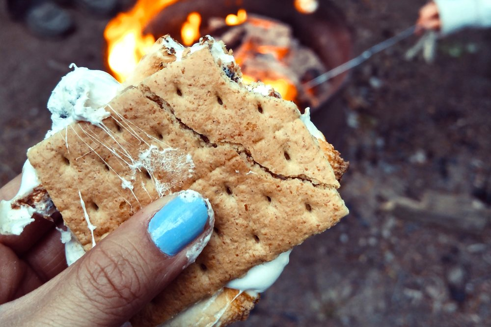 4/Force a toddler to eat s'mores