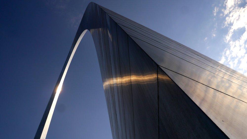 6/Gateway Arch