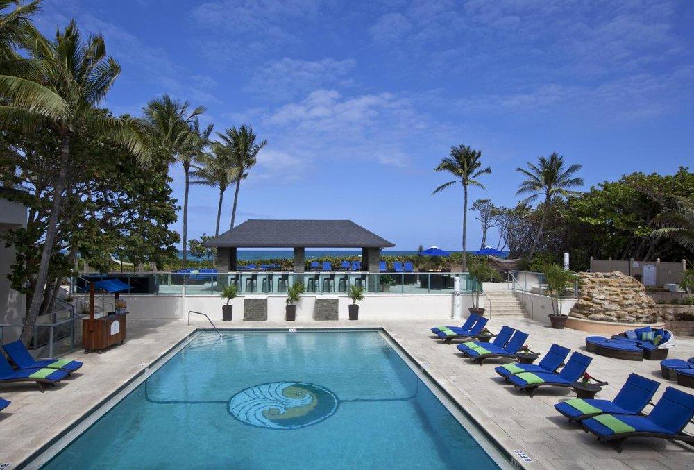 3/Jupiter Beach Resort & Spa