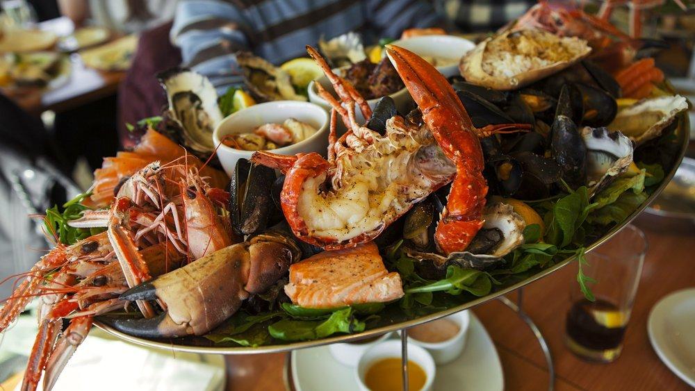 11/Eat seafood at Fisherman's Wharf