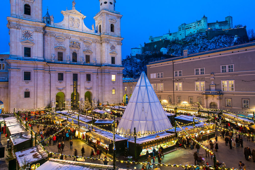 2/Stroll through Salzburg's holiday markets
