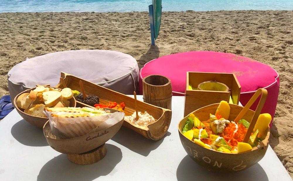 4/Eat along the beach