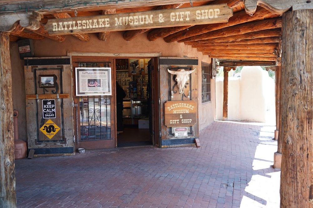 6/American International Rattlesnake Museum