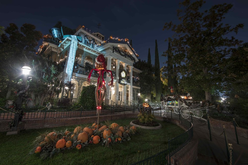 2/Haunted Mansion Holiday
