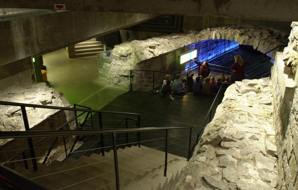 6/Pointe-à-Callière Museum (Museum of Archaeology)
