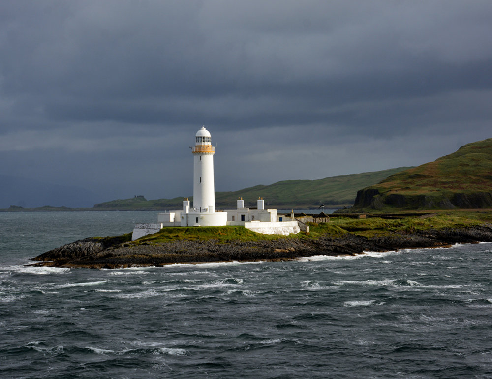 Iona Lighthouse.jpg