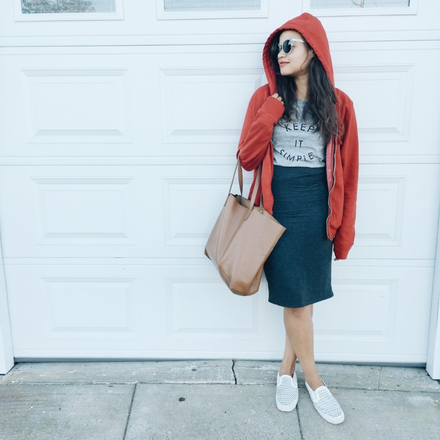 Sweatshirt: borrowed from my boyfriend | Tank: Banana Republic | Skirt: Amour Vert Shoes: Gap | Tote: Cuyana | Sunglasses: thrifted