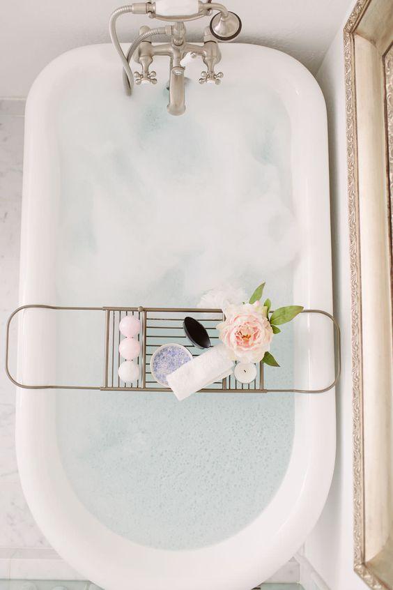 bathtub_17.jpg