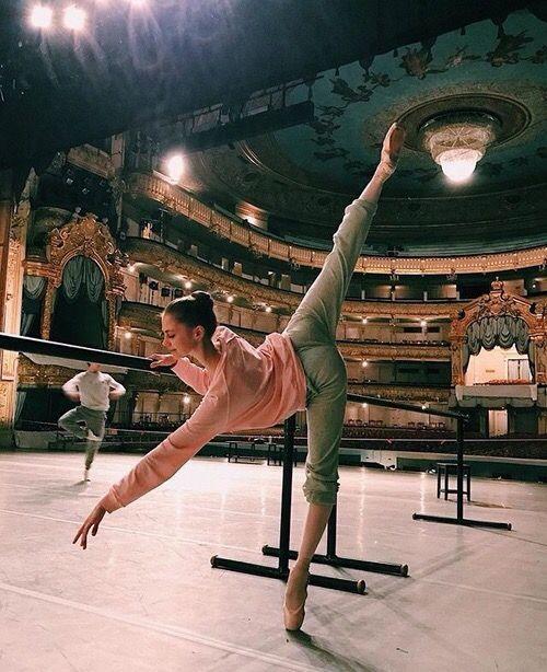 ballerina_off_duty_3.jpg