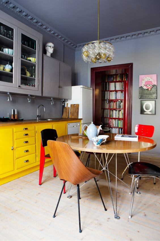 color_apartment_inspiration_2.jpg