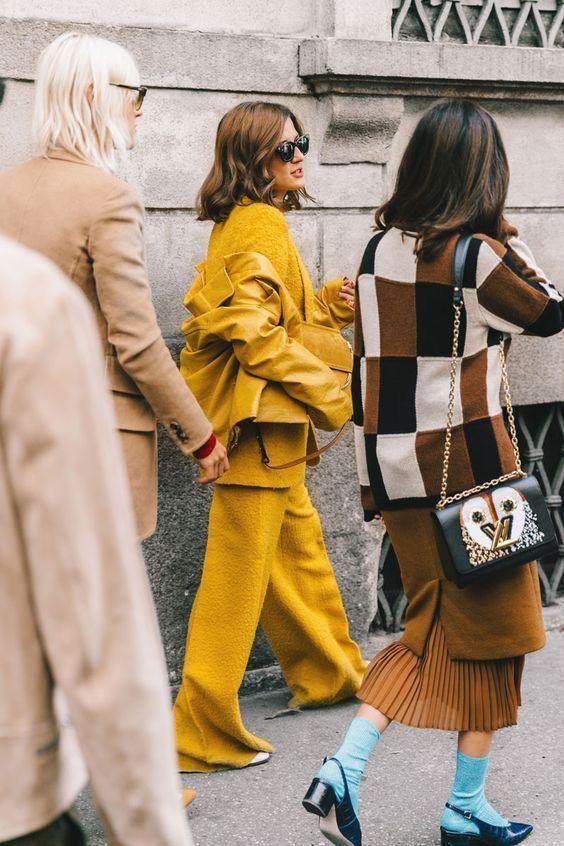 yellow_23.jpg