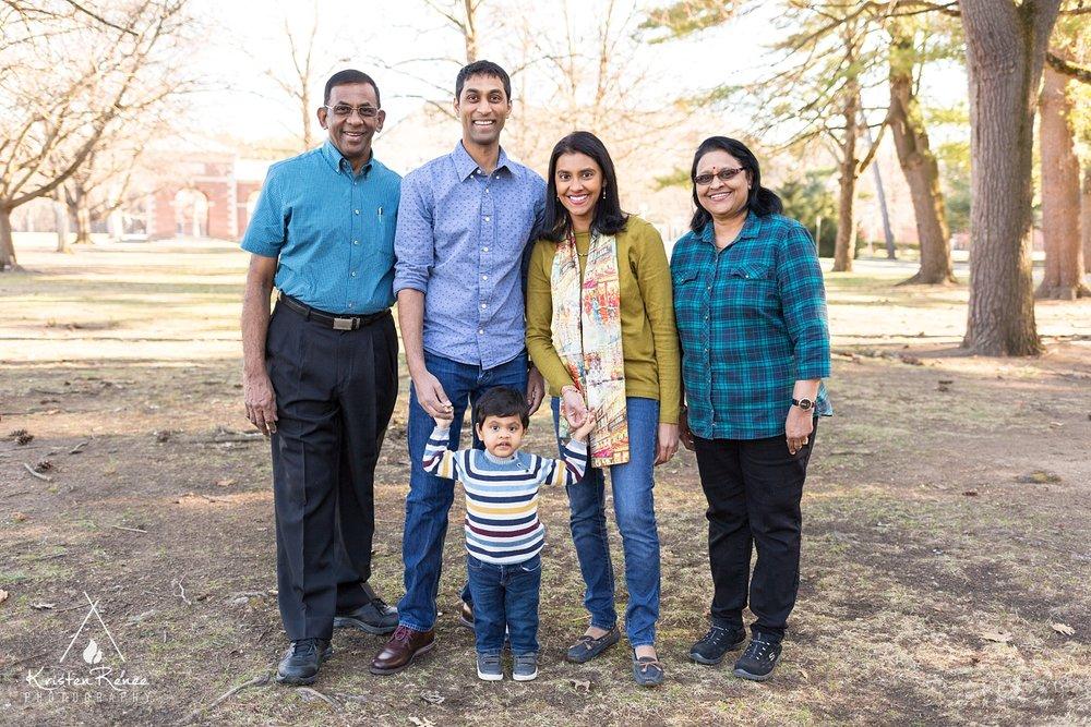 Shanthini's Family_0006.jpg