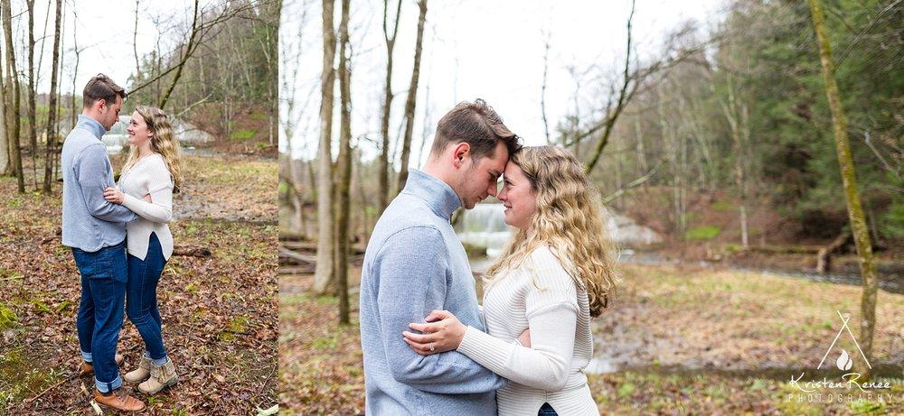 Saraand Tyler's Engagement_0004.jpg
