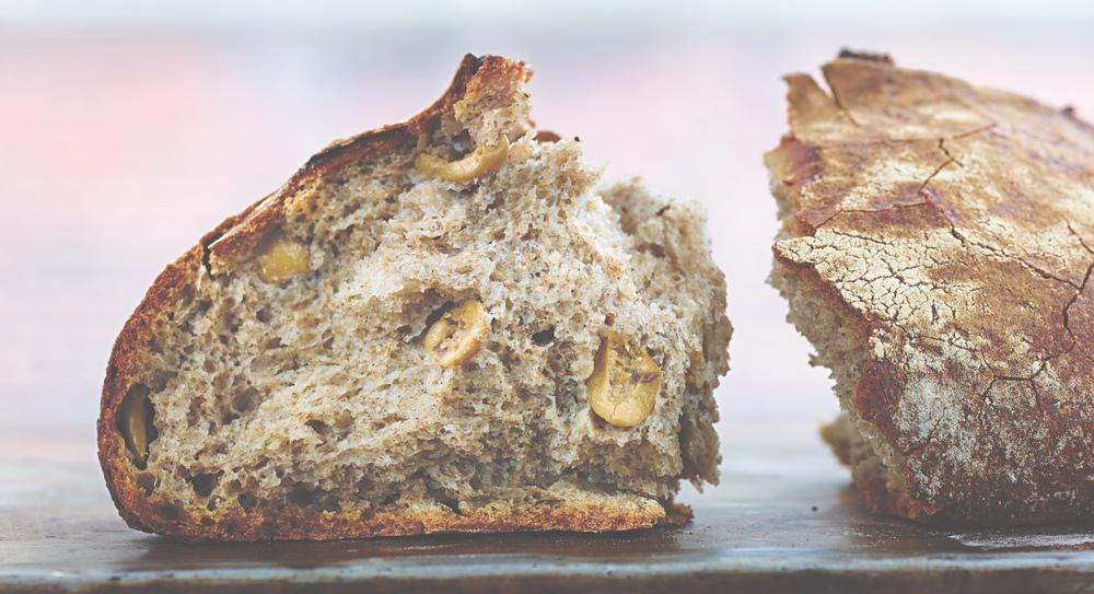 BienCuit_bread_Olive_0451_HERO_or_HalfPage.jpg