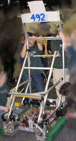 2008robot2.JPG