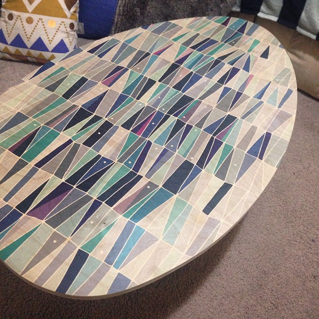 Rolling out the Blue Triangles coffee table! The timber grain showing through the artwork is just so gorgeous. The different shades of blue turned out so well, we are all stocked with the result. Good start!