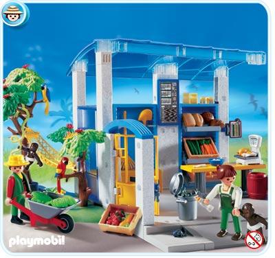Playmobil Feeding Station ($29.99)