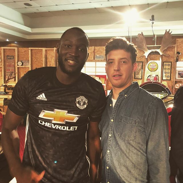 During this meeting with @rlukaku9 he pulled me to one side and whispered 'on the 18th of April I will score the second goal against Bournemouth in the 70th minute.' I didn't know what he meant by that until tonight. So weird. #manutd #lukaku #chevroletfc
