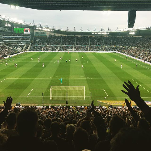 Derby County in the Playoffs. A beautiful sight on a Friday night. That rhymes and there's no way you can prove otherwise. #playoffs #dcfc #derbycounty #fulhamfc
