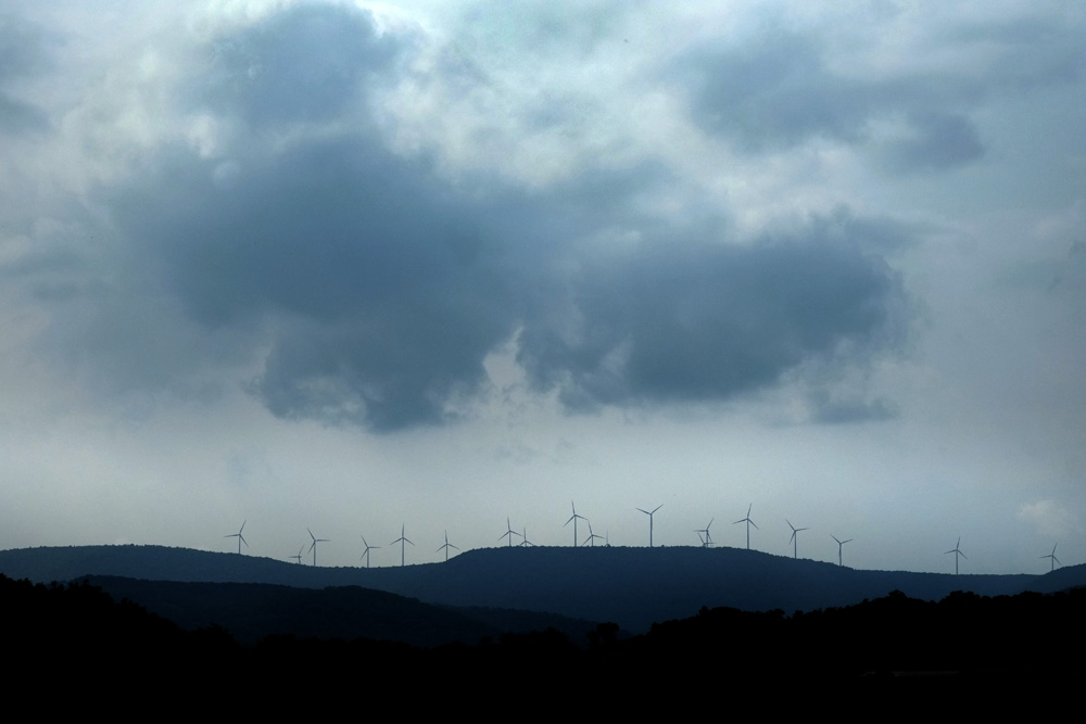 Wind turbines near Altoona, PA. Wind turbines do not produce any known air pollutants. © Brian Cohen, 2014.