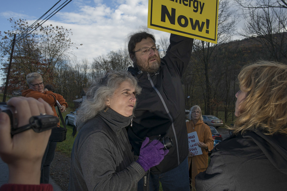 Vera Scroggins at an anti-drilling event.  © Nina Berman/MSDP 2015