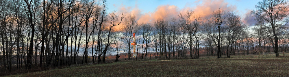 The drilling rig at Williams' Rial gas well pad. Donegal, PA.  © Brian Cohen/MSDP 2012