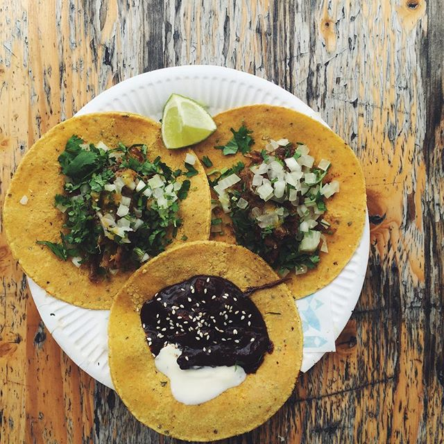 The most flavour-smacking tacos we've had. Pork carnitas and chicken with mole from @hijadesanchez - a taqueria created by former Noma chef, Rosio Sanchez. 🌮🌮🌮 #hijadesanchez #tacos #copenhagen