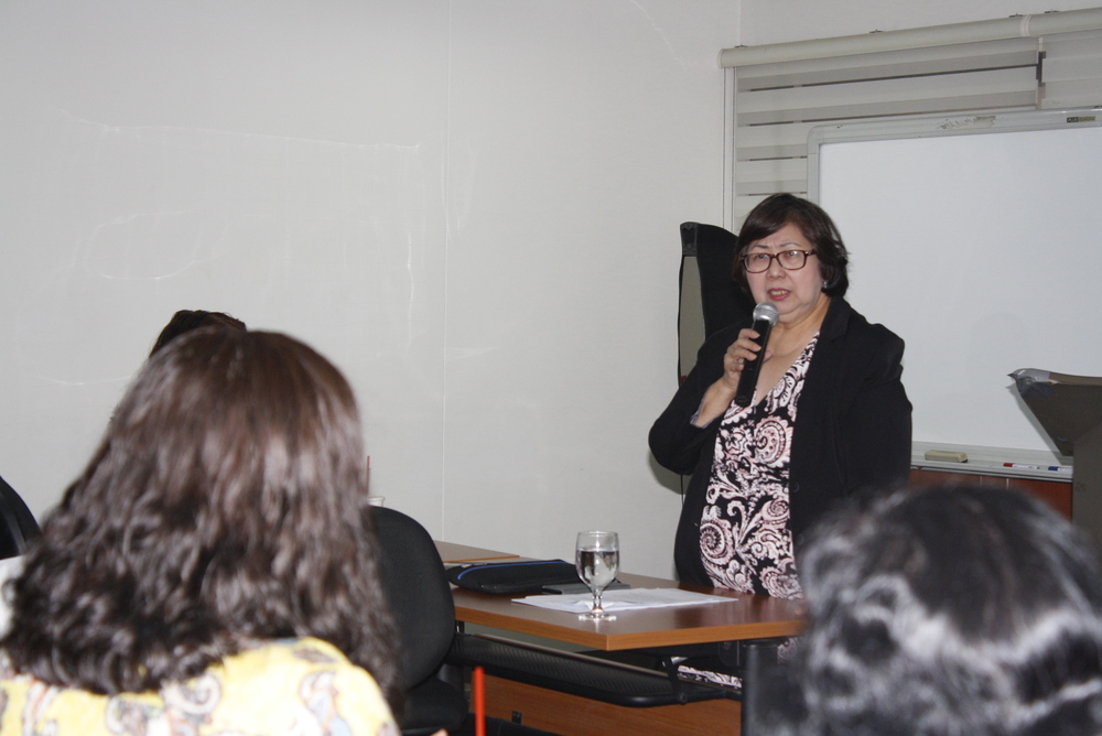Atty. Ellen Francisco while discussing the highlights of Labor Advisory No. 10
