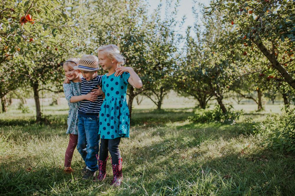 Orchard Friends-5423.jpg