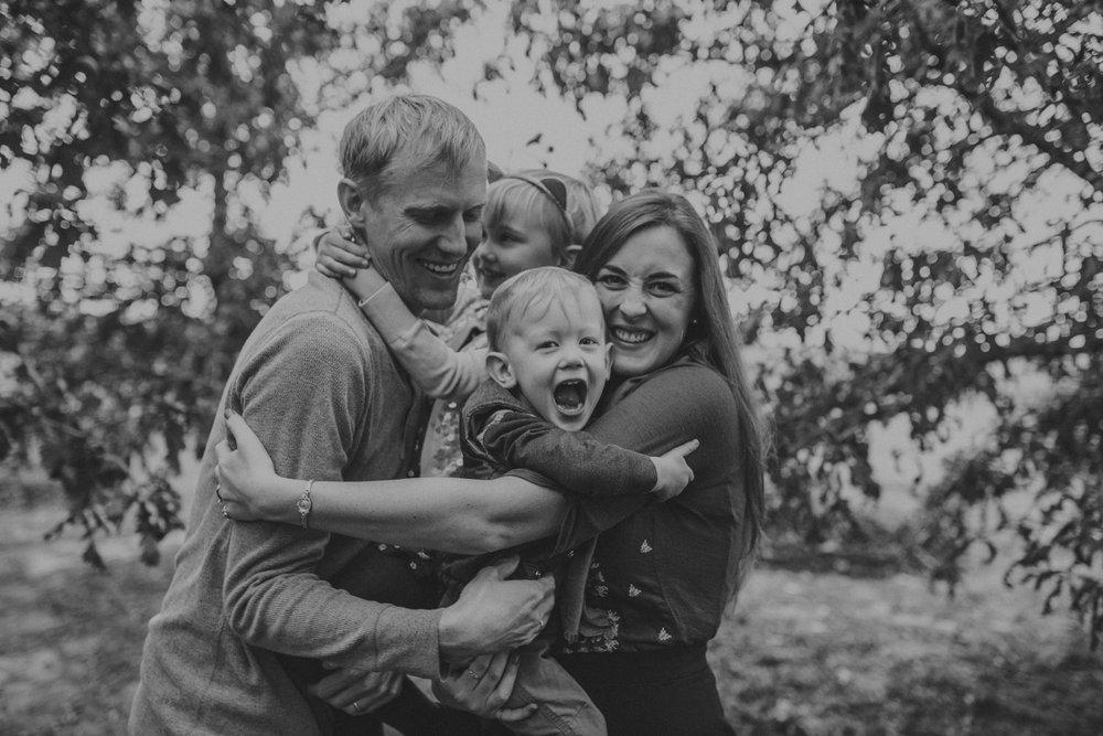 Kahnk Family 2016-1440.jpg