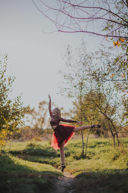 Ellie in the Woods-3436.jpg