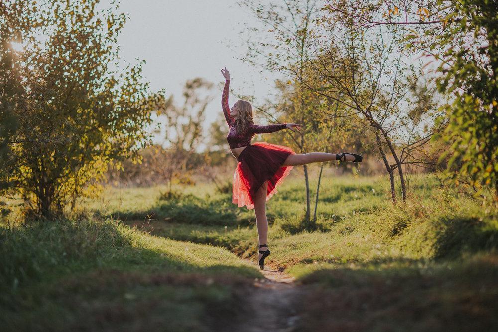 Ellie in the Woods-3429.jpg