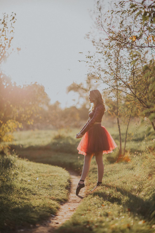 Ellie in the Woods-3452.jpg
