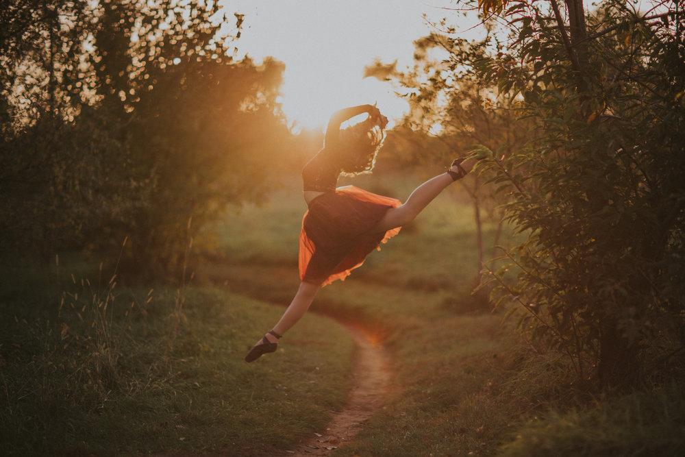 Ellie in the Woods-3574.jpg