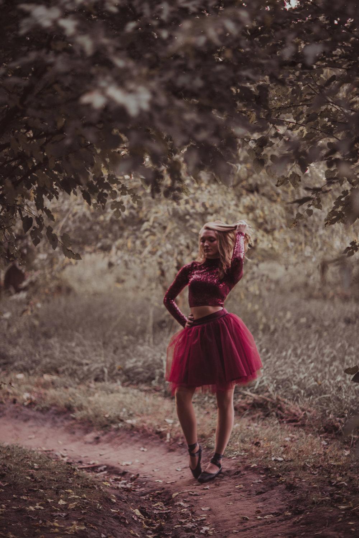 Ellie in the Woods-3670.jpg