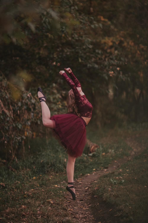 Ellie in the Woods-3696.jpg