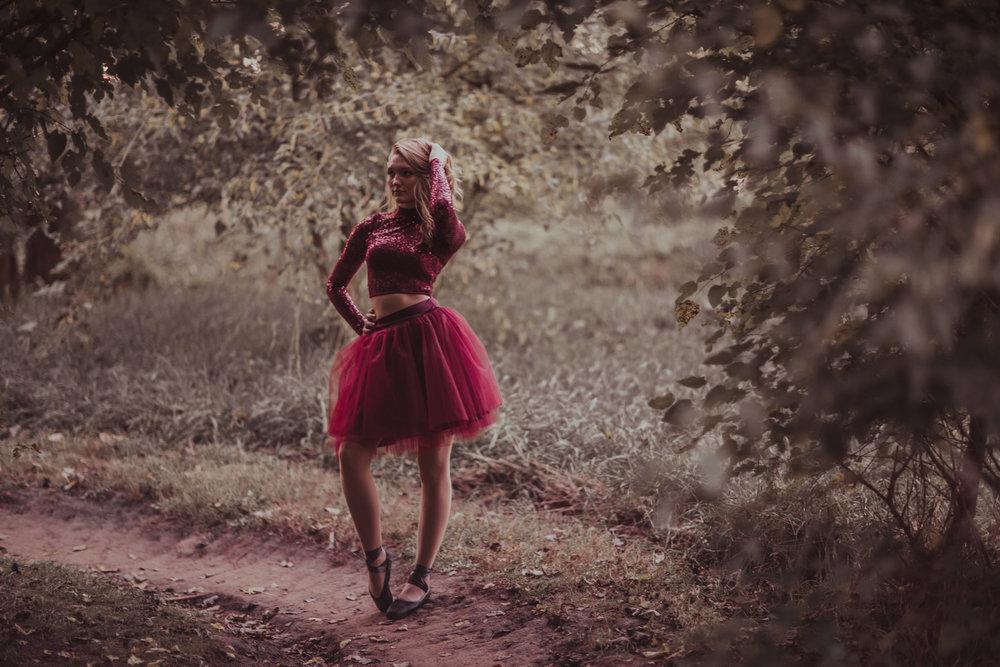 Ellie in the Woods-3676.jpg