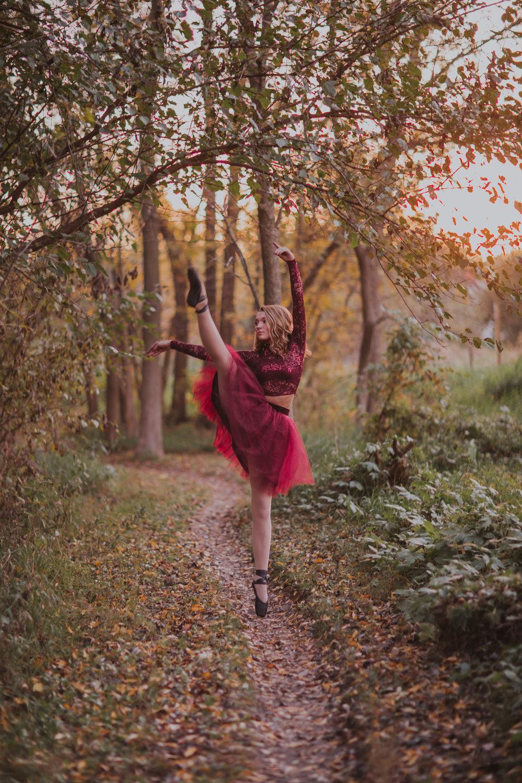 Ellie in the Woods-3703.jpg