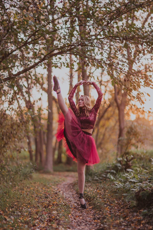 Ellie in the Woods-3721.jpg