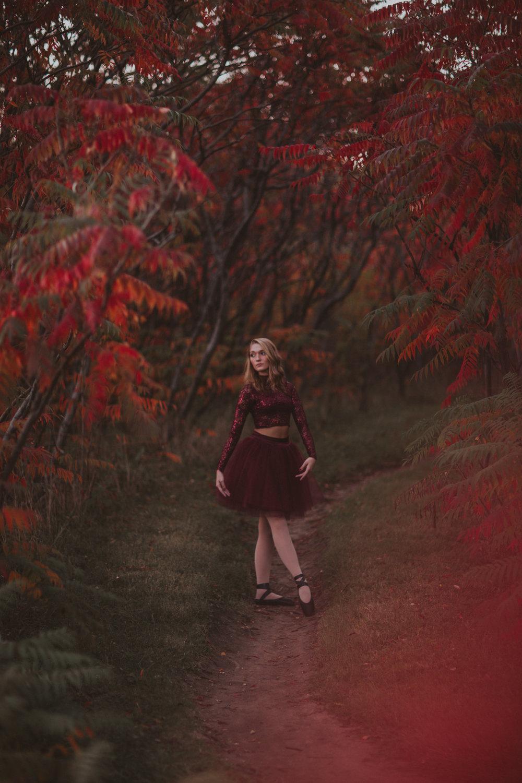 Ellie in the Woods-3739.jpg