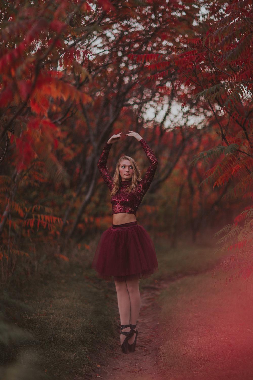 Ellie in the Woods-3749.jpg