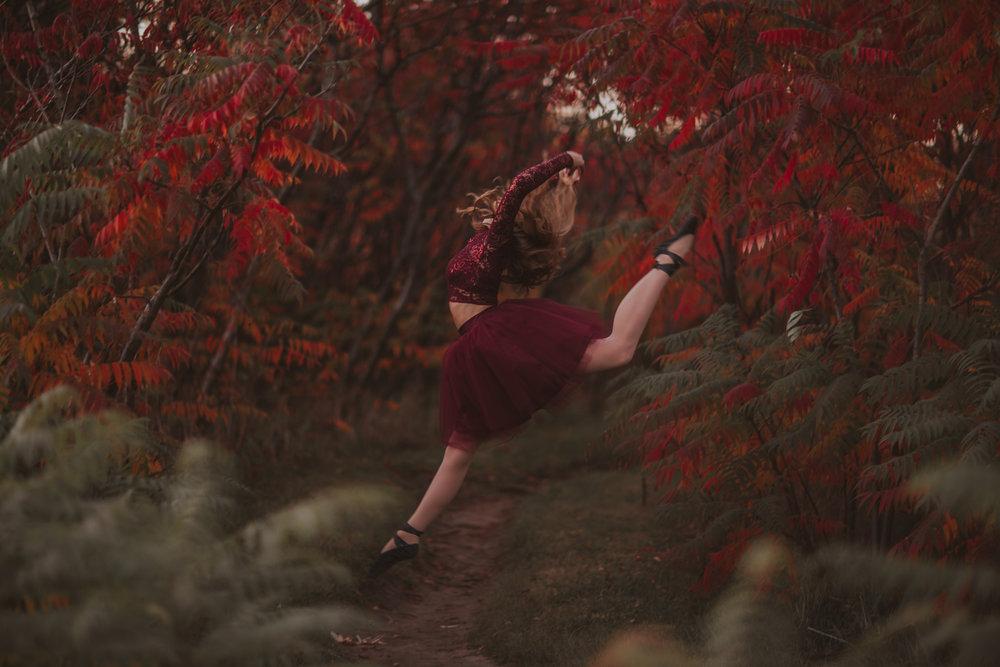 Ellie in the Woods-3822.jpg
