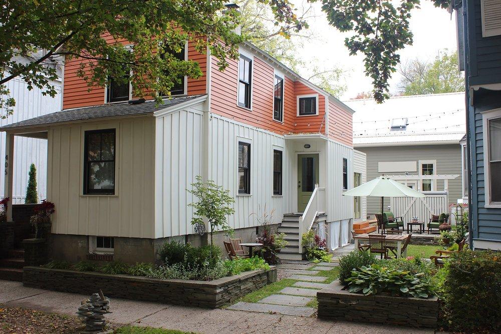 405 Side Yard 2 2013.10.13.jpg