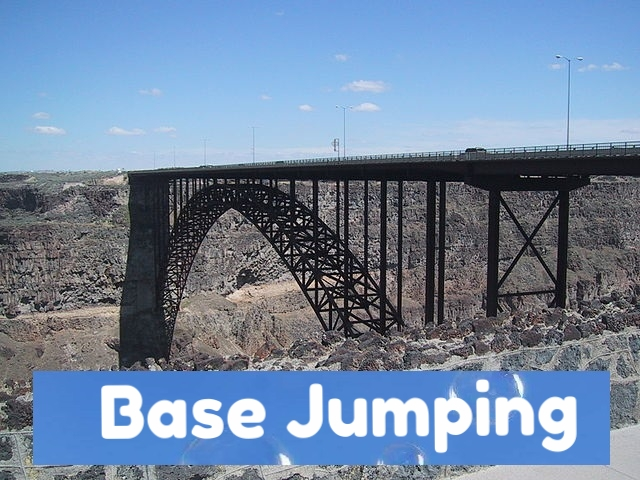 base jumper 360 vr by this is me.jpg