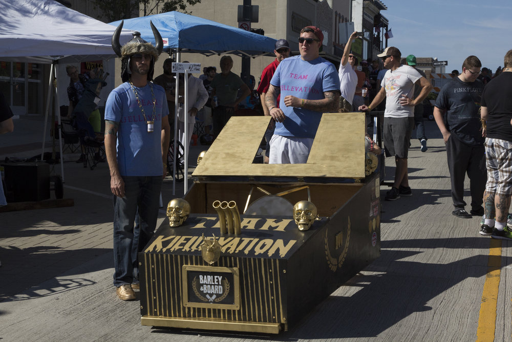 Coffin Races 2016-2.jpg