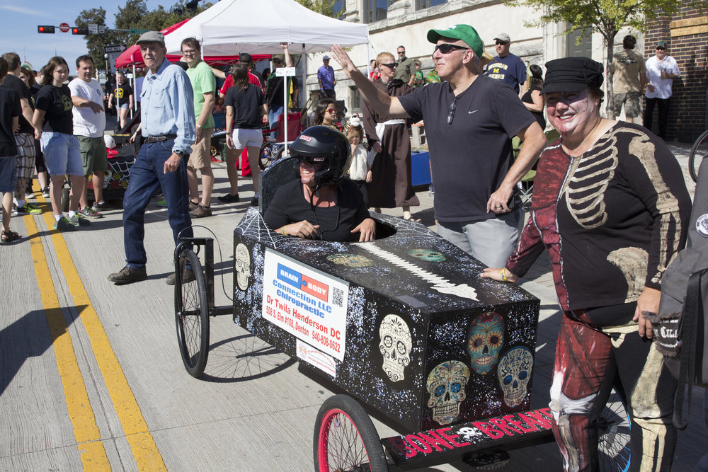 Coffin Races 2016-3.jpg