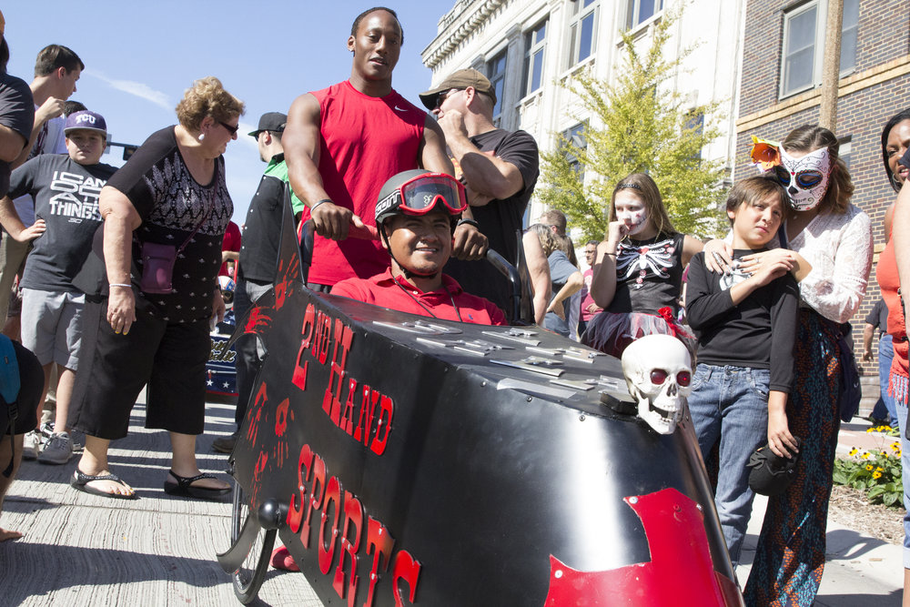 Coffin Races 2016-30.jpg