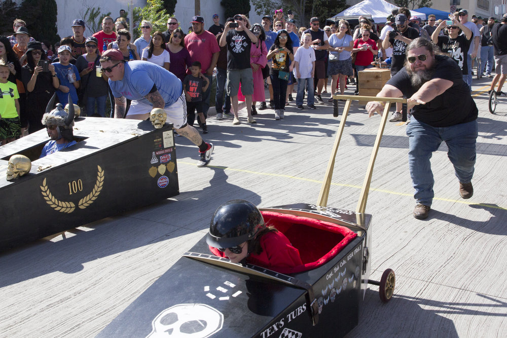 Coffin Races 2016-83.jpg