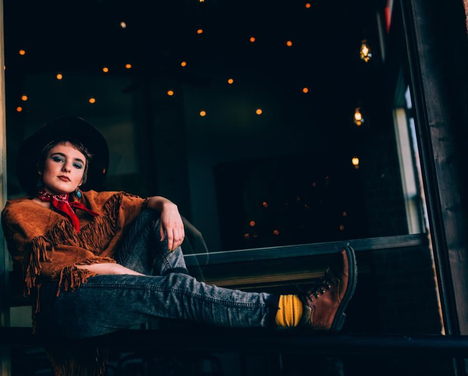 Model: Adriana Huff