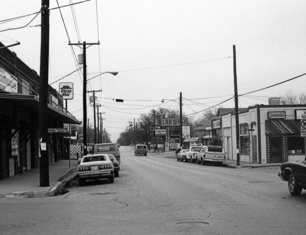 The intersection of Hickory St. and Fry St sometime in the late 1970s. Photo by Alec Williams.